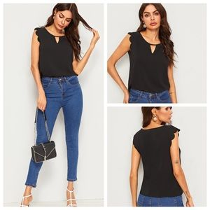 JUST IN🔥CUT OUT NECK SCALLOPED ARMHOLE SHELL TOP